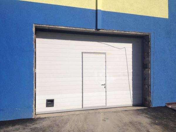 Автоматические гаражные секционные ворота